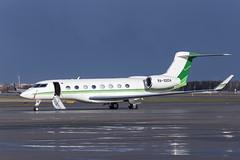 Gulfstream G650 (Oleg Botov) Tags: sky plane airport aircraft aviation business spotting airliners gulfstream avia svo  planespotting  sheremetyevo  businessjet avgeek uuee planeporn crewlife slavniyoleg