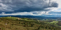 Monte Pedroso (PacotePacote) Tags: santiago panorama espaa clouds spain galicia galiza compostela nubes tormenta campo monte pedroso forestal