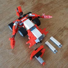 DSCN6317 (alfa145q_lego) Tags: robot lego mecha rebuild alternate 31034 31033 31032 legocreator vehicletransporter redcreatures futureflyers
