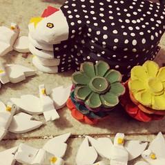 Preparados para serem embalados.  #artesanatomineiro #artesanato #flores #flor #pomba #foradesrie #divino #divinoespritosanto #galinhas #galinha #foradeserie #artesanatoemmadeira #paraoarteso (fabriciabarcelos) Tags: flores galinha flor artesanato pomba galinhas divino artesanatoemmadeira artesanatomineiro divinoespritosanto foradesrie foradeserie paraoarteso