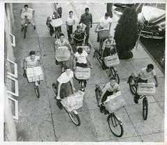 Zalbum (Zaz Databaz) Tags: columbus georgia 1940s schwinn 1949 40s newsboy paperboy columbusga columbusgeorgia schwinnbicycle legderenquirer jordanhi