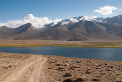 Bulunkul lake (Michal Pawelczyk) Tags: trip lake holiday snow mountains bike bicycle june nikon asia flickr aim centralasia pamir gory wakacje 2015 jezioro czerwiec azja d80 pamirhighway gbao azjasrodkowa azjacentralna
