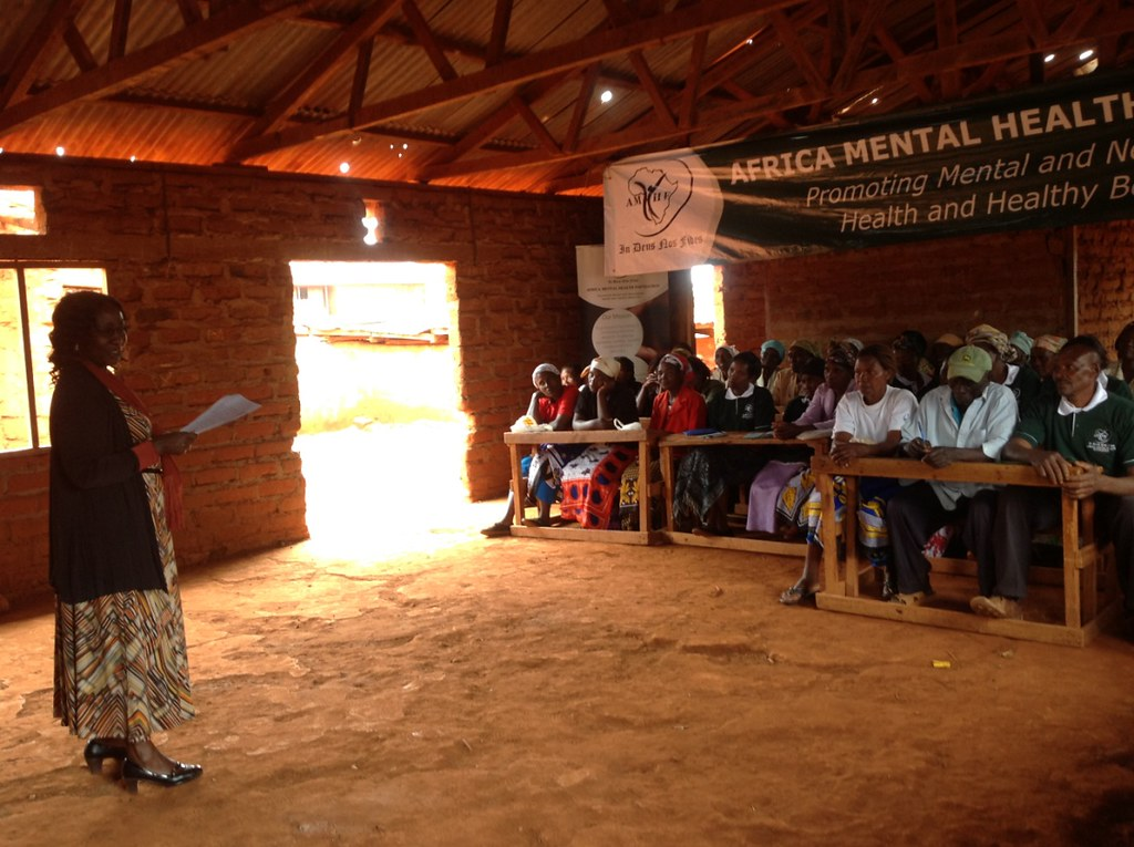 Conducting community psychoeducation in schools (© AMHF)