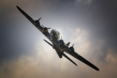 Memphis Belle (Sally B) (nigdawphotography) Tags: plane airplane fly flying war aircraft aeroplane b17 crew ww2 bomb bomber usaf pilot bombing b17bomber sallyb allied memphisbelle