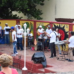 "Outdoor Music at Casa de la Musica <a style=""margin-left:10px; font-size:0.8em;"" href=""http://www.flickr.com/photos/14315427@N00/24737133549/"" target=""_blank"">@flickr</a>"