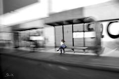 The Wait (Soulex_Photos) Tags: bus blanco persona punto negro movimiento parada