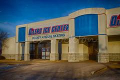 20160205_17545401_HDR.jpg (Les_Stockton) Tags: oklahoma ice hockey sport us high unitedstates dynamic icehockey center jr el icerink paso rhinos junior tulsa eis range jkiekko hdr highdynamicrange oilers hokey haca eishockey hoki hoquei juniorhockey hokej hokejs efex jgkorong shokk oilersicecenter elpasorhinos ledoritulys hoci hdrefex xokkey tulsajroilers