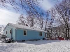 DSC01633-2 (johnjmurphyiii) Tags: winter usa snow yard connecticut shelly cromwell originaljpeg johnjmurphyiii 06416 sonycybershotdsch90