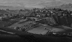 IMG_2528 torano (grazianoviviani) Tags: canon landscape bn 300 tamron 70 paesaggio abruzzo teramo 650d torano collline grazianoviviani