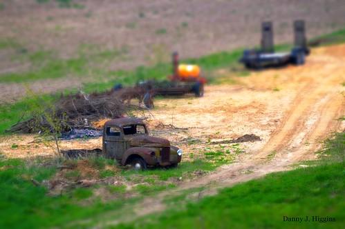 Rust In The Valley.    DSC_6593