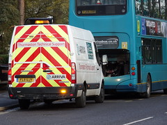 Technical Support (stevenbrandist) Tags: bus leicestershire led maintenance breakdown beacon quorn vauxhall brokendown arriva movano fj06zsf fl11ujy