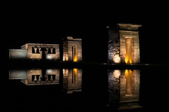 Templo de Debod (zsnajorrah) Tags: madrid urban reflection water night temple spain ancient darkness egyptian parquedeloeste templodedebod ef2470mmf4l 7dmarkii madridcitymola