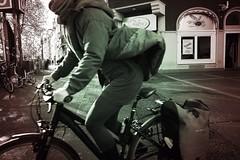 fast girl (tom_p) Tags: girl bicycle blackwhite bonn fuji noiretblanc fujifilm fahrrad mdchen mnster x70 ragazza bicicletta schwarzweis biancoetnero fujifilmx70