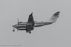 M-CRAO - 2006 build Beech B350 Super Kingair, on approach to Runway 23R at Manchester (egcc) Tags: man manchester beechcraft beech lightroom kingair ringway egcc superkingair propjet oetker pt6a mcrao be350 dcrao beechb350 fl515