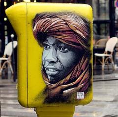Targui (YOUGUIE) Tags: streetart paris stencil touareg bal pochoir boiteauxlettres chche guatemao