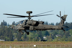 Army Copter 09005 (sabian404) Tags: cn portland army airport apache united international pdx states boeing guardian ah64 kpdx 1009005 09005 b305 ah64e