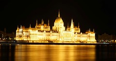Parliament, Budapest (Sterling750) Tags: night zeiss 35mm long exposure hungary sony budapest parliament f28 a7r