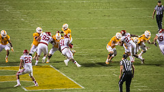 Sooners at Volunteers Action (J.L. Ramsaur Photography) Tags: sports photography photo referee nikon knoxville tennessee volunteers sportsillustrated pic photograph thesouth sportsaction tennesseevolunteers actionshot universityofoklahoma vols knoxvilletn sooners collegefootball sportsphotography draftpick 2015 neylandstadium universityoftennessee oklahomasooners orangewhite middletennessee knoxcounty knoxvilletennessee flickrsports tennesseevols ibeauty tennesseephotographer southernphotography screamofthephotographer jlrphotography photographyforgod d7200 engineerswithcameras jlramsaurphotography nikond7200 charlestapper