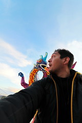 119/366 - Ay mamita! (Sinuh Bravo Photography) Tags: selfportrait berlin canon germany giant mexico hauptbahnhof alemania mexiko alebrije runingaway ayearinphotos eos7d potd2016