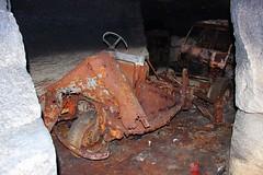 Locotracteur FAR A (Raphael Drake) Tags: abandoned truck voiture wreck exploration far abandonne carriere epave locotracteur quarrex
