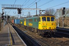 86628/607 Ipswich Station (Gridboy56) Tags: uk railroad england electric train suffolk trains crewe locomotive railways felixstowe ipswich locomotives freightliner class86 railfreight 86607 86628 crewebasfordhall 4m88