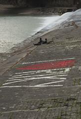 In Arno (claudiachec) Tags: fiume persone arno scritta biciclette