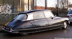 Citroën DS 21 1973 (XBXG) Tags: auto old france holland classic haarlem netherlands car vintage french automobile 21 ds nederland citroën voiture vehicle lpg paysbas 1973 ancienne gpl tiburón snoek citroënds déesse française strijkijzer 56ya95