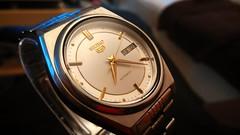 Seiko 5 7009-876A refurbished (werkmania.hu) Tags: mobile japan gold lowlight phone 5 steel watch note automatic strap precision pearl wristwatch seiko werk watchmaker refurbished xiaomi 7009 werkmaniahu 7009876a