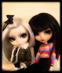 ~Sarah and Evie~ (Alilovesdolls) Tags: white black cute green beautiful pretty handmade label coat wig pullip custom eternia creators seila