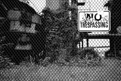 No Trespassing! (nbalsaleh) Tags: seattle park city summer panorama usa lake green leaves wheel 35mm fence washington spring nikon downtown market space union great falls gas needle works wa peaks nikkor sigma1020 d3100