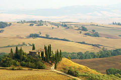 Evening in Val dOrcia (Gregor  Samsa) Tags: trip summer italy house site scenery italia view august unesco val tuscany villa vista belvedere toscana overlook exploration viewpoint rolling rollinghills worldheritage podere rollinglandscape dorcia valdorcia poderebelvedere