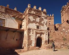 Mohammed at the door (nisudapi) Tags: castle morocco mohammed kasbah 2015 telouet elglaoui