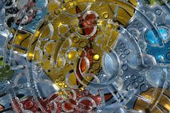 Geduldsspiel (gripspix (BUY BUY! OFF NOW!)) Tags: abstract game macro toy found plastic popart dew maze tau makro labyrinth spielzeug spiel abstrakt plastik gefunden 20160206