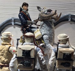 Rebel Trooper: Your Tauntaun will freeze before you reach the first marker.     Han Solo: Then I will see you in Hell! (chevy2who) Tags: trooper black toy actionfigure photography rebel star starwars back inch action echo esb empire figure series wars custom six base strikes hansolo hoth tauntaun theempirestrikesback toyphotography blackseries sixinch customhansolo customrebeltrooper