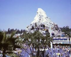 Disneyland - August 1969 (Stabbur's Master) Tags: 1969 1969disneyland disneyland matterhorn skyway peoplemover crowds amusementpark 1960samusementpark themepark 1960sthemepark 1960sdisneyland 1969themepark 1969amusementpark