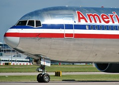 N377AN (AnDrEwMHoLdEn) Tags: manchester airport americanairlines 767 manchesterairport egcc 23l