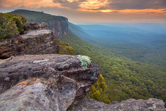 Narrowneck Plateau || KATOOMBA || NSW (rhyspope) Tags: new blue sunset sky cliff pope mountains tree nature rock wales clouds sunrise canon view south australia valley nsw vista 5d aussie rhys katoomba mkii megalong rhyspope