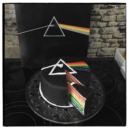"Dark Side of the Moon Cake • <a style=""font-size:0.8em;"" href=""http://www.flickr.com/photos/92578240@N08/25330395783/"" target=""_blank"">View on Flickr</a>"