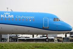 KLM Cityhopper PH-KZP Fokker F70 cn/11539 @ EHAM / AMS Taxiway Q 29-12-2015 (Nabil Molinari Photography) Tags: tay british 102 1995 airways klm dd q ff ams midland 302 fokker 620 rrg f70 eham taxiway cityhopper 11539 51195 52495 phkzp cn11539 29122015 4841b9 viewgbvtf viewphezz