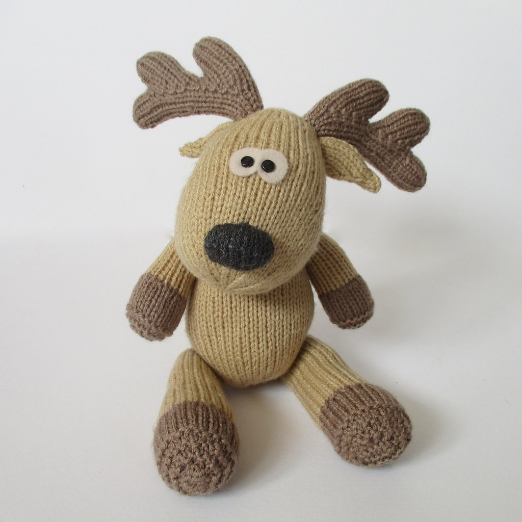 Knitting Pattern For Reindeer Antlers : The Worlds Best Photos of knit and xmas - Flickr Hive Mind