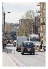 Tower Bridge Road (A100) (Chris 1971) Tags: london taxi streetscene a100 towerbridgeroad tx4