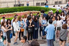 Prag - Vor der Karlsbrcke (otto.domes) Tags: girls people prag tschechien tourists czechrepublic karlsbridge canonef2410514l canoneos5diii