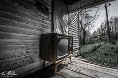 Disconnect (Tom McAdam) Tags: travel house building abandoned television tv decay kentucky urbanexploration rotten desolate lostplaces