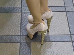 Glittering heels (seikinsou) Tags: winter japan tile spring high platform osaka heel