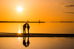 Sunset kiss (Infomastern) Tags: sunset sea sky people reflection love water kiss couple himmel tranquility calm serenity vatten par hav hllviken solnedgng geolocation kyss krlek mnniska spegling geocity camera:make=canon exif:make=canon exif:focallength=50mm geocountry geostate exif:lens=efs18200mmf3556is exif:aperture=11 exif:isospeed=100 camera:model=canoneos760d exif:model=canoneos760d