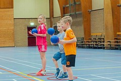 "Eerste training F-jeugd • <a style=""font-size:0.8em;"" href=""http://www.flickr.com/photos/131428557@N02/26317492370/"" target=""_blank"">View on Flickr</a>"