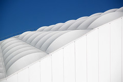nuvole bianche su cielo blu (lapeppina) Tags: blu bianco