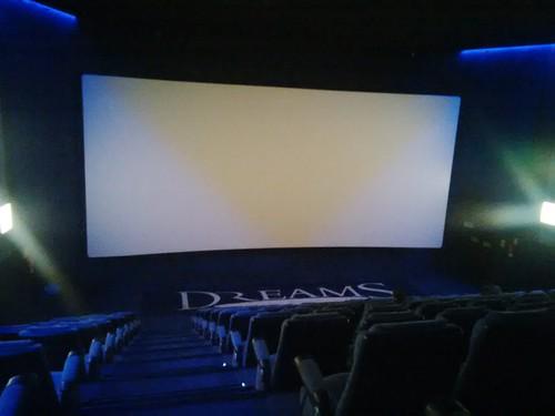 Thumbnail from Cines Dreams Palacio de Hielo