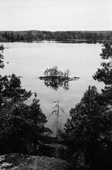 IMG_0001-7.jpg (fummel) Tags: bw film analog 50mm sweden stockholm rangefinder 400 soviet hp5 bessar ilford voigtlnder jupiter8 d7611