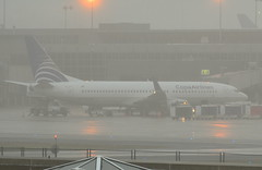 HP-1713CMP (sfernando34) Tags: rain fog washington airport dulles iad poor boeing panama airlines aeropuerto 800 copa 737 conditions pty tocument